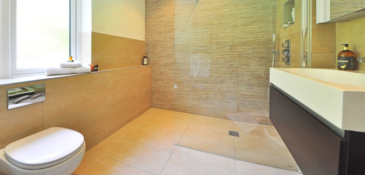 Geen badkamer compleet zonder bijpassende tegels KU6
